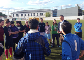 Mariscal (PP) compromete la mejora de la instalaciones deportivas de Cuenca