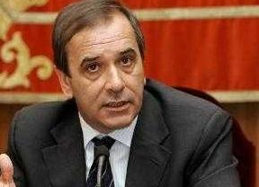 El PSOE pide que no se mezcle a Urdangarín con el Rey,