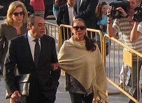 Isabel Pantoja y Julián Muñoz, condenados a prisión por blanqueo de capitales en su etapa al frente de Marbella