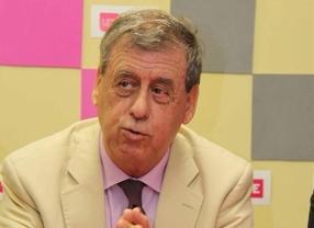 Sosa Wagner renuncia a su acta de eurodiputado tras ser relegado por Rosa Díez
