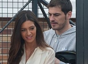 Iker Casillas y Sara Carbonero desmienten planes de boda