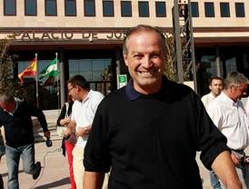 Renuncian a su acta el exalcalde y los ediles detenidos en Ronda