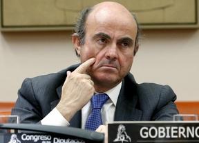 El 'Financial Times' vuelve a poner a España en la picota: De Guindos, el ministro de Finanzas peor valorado de Europa