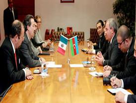 Firma nuestro país acuerdo en materia de Telecomunicaciones con Azerbaiyán