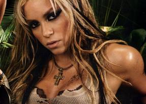 Shakira estaría sufriendo un embarazo complicado mientras se enfrenta a dos juicios