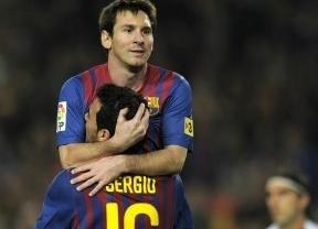 Sangre, sudor, lágrimas... y 'Supermessi' necesitó el Barça para doblegar al Betis (4-2)