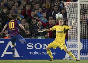 Messi se da un festín goles y destrona al Bayer Leverkusen (7-1)
