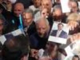 Rajoy prometió aumentar las pensiones a los emigrantes