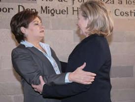 Reunión del Presidente FCH con la secretaria de Estado Hilary Clinton