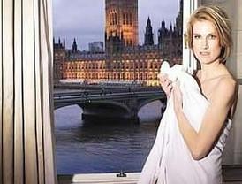 Sally Bercow esposa del presidente de la Cámara de los Comunes escandaliza al Reino Unido