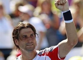 Ferrer sabe sufrir una vez más para ganar: derrota a Hewitt y se mete en octavos del Open USA