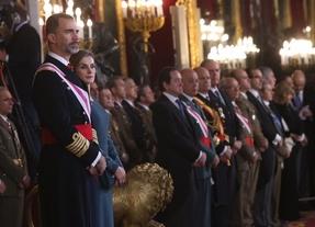 El Rey evitó referirse a Cataluña en su discurso ante los militares