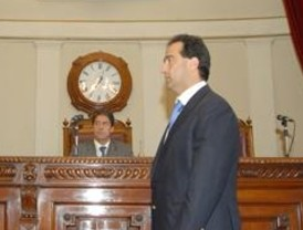 PNV, EA, EB y Aralar piden cambiar la forma de disolver un grupo parlamentario
