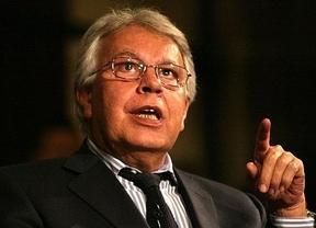 Felipe Gónzalez defiende que los imputados vayan en las listas electorales ya que su exclusión es