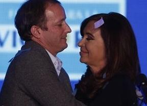 Argentina: el 'kirchnerismo' se impone en las primarias, pero Massa gana en Buenos Aires