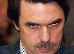 Aznar gana otro juicio: un 'extrilla' para la FAES