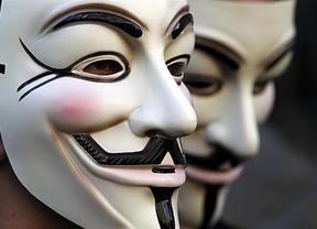Anonymous, indignados del 15-M y profesores intentarán amargar el debate a Rubalcaba y Rajoy