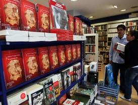 Exposición itinerante sobre Vargas Llosa se exhibirá en Estocolmo en semana de Premios Nobel