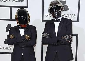 Daft Punk triunfan en los Grammy con su 'Get Lucky'