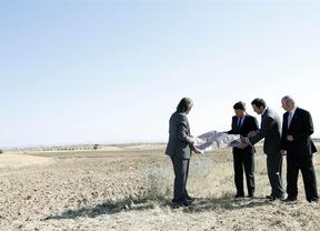 Madrid 'hace la cama' a Castilla-La Mancha con un aeropuerto al lado del previsto en Casarrubios del Monte