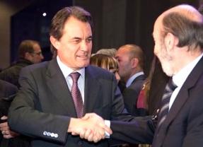 Secretismo en el PSOE: Rubalcaba se reunió en Madrid con Artur Mas y el líder del PSC