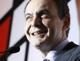 Zapatero dice que hace las reformas por nuestro bien y 'prosperidad'