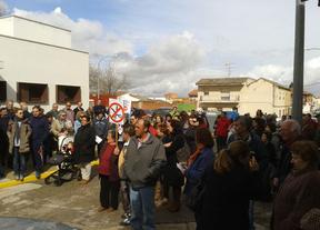 Vecinos de Malpica de Tajo y Bernuy se concentran en defensa de la sanidad pública de calidad