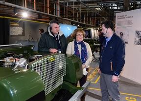 Land Rover rinde homenaje al DEFENDER creando una réplica de la cadena de montaje de 1948