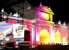 Madrid entretendrá la larga espera hasta la votacion final con una fiesta musical cañí en La Puerta de Alcalá