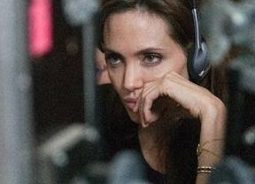 Angelina Jolie empieza con mal pie su andadura como directora