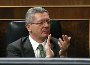 Gallardón mueve ficha: propone reducir los aforados a sólo 22, aunque habrá que modificar la Constitución