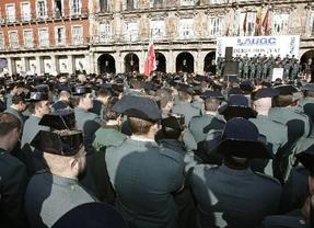 Los guardias civiles, indignados con el general Cardiel y su 'cúpula militar'