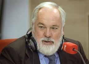 Arias Cañete defiende que la reforma laboral ya da frutos, pero que en 2013 sus resultados serán 'más potentes'