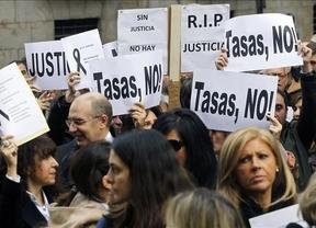 Jueces, fiscales y abogados se unen contra Gallardón, con quien no quieren ni sentarse a negociar