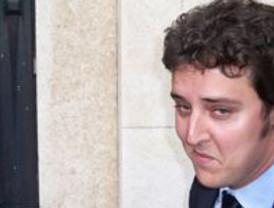 El abogado del joven detenido por la agresión al consejero de Cultura pide el archivo de la causa