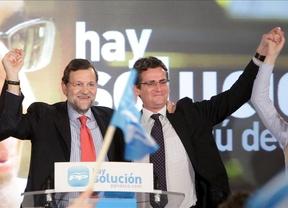 Rajoy pasa del 15-M: advierte que