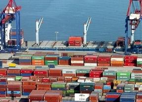 España sigue reduciendo déficit comercial gracias a las exportaciones
