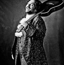 'Operazza', la fusión musical más novedosa con la que se atreve José Manuel Zapata