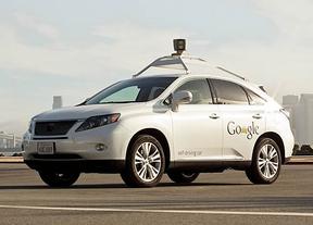 El coche autónomo de Google ya pasea por Mountain View