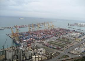 El Puerto de Barcelona impulsará el crecimiento de las empresas del Clúster de la Automoción