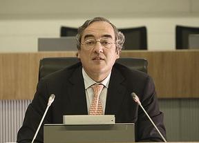 La patronal tambi�n lanza las campanas al vuelo: mejora sus previsiones y eleva al 0,9% el crecimiento para 2014