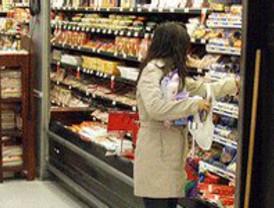 Los sindicatos convocan huelga en los supermercados de seis cadenas