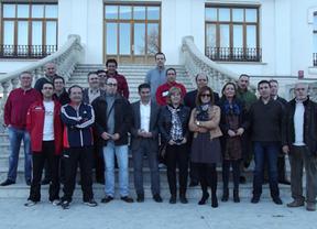 El PSOE expresa su apoyo a los conductores de la Junta encerrados en el parque móvil de Albacete