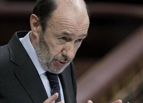 El embajador argentino 'huye' de Rubalcaba