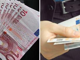 España subasta 5.500 millones en letras al interés más bajo desde octubre