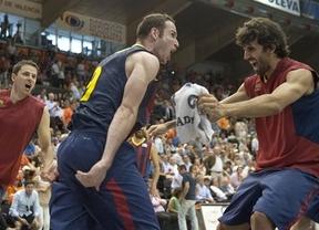 Huertas, con una canasta sobre la bocina en Valencia, mete al Barça en la finalísima de la ACB, donde le espera el Madrid (75-77)