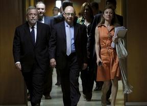 Al Gobierno se le rebelan Extremadura y Castilla y León por apretar demasiado las 'tuercas'