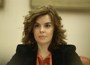 La vicepresidenta exige a los líderes políticos que respeten a la Justicia y a la Democracia
