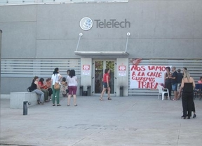 Los sindicatos piden por carta a Cospedal que intervenga en los despidos de Teletech