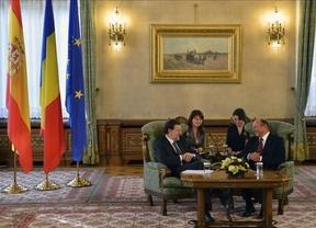 Rajoy 'huye' del rescate mientras el FMI presiona a España y a Italia